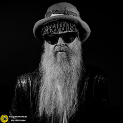 Billy Gibbons_Botanico 19_0007 (Juan The Fly Factory) Tags: fajardo theflyfactory flyfactory concert bolo concierto best madrid spain foto photo gig light juan perezfajardo music juanperezfajardo show musica billy gibbons from zz top las noches del botanico backstage 2019 supersonicbluesmachine billygibbons blues rock guitar gibson sg