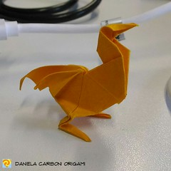 """Pollo"" Modello creato oggi. Carta Tant, lato 7,5cm ------------------------------------------- ""Chicken""  Model created today. Tant paper, 7,5cm edge.  #origami #cartapiegata #paperfolding #papiroflexia  #paper #paperart #createdandfolded #originaldesign (Nocciola_) Tags: paperart cartapiegata createdandfolded papiroflexia paperfolding originaldesign danielacarboniorigami paper chicken origami pollo"