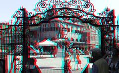 Roode Steen door hek Westfriesmuseum Hoorn 3D (wim hoppenbrouwers) Tags: roodesteen hoorn 3d anaglyph stereo redcyan hek westfriesmuseum kaasmarkt coen