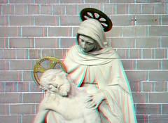 Statue Koepelkerk Hoorn 3D (wim hoppenbrouwers) Tags: statue koepelkerk hoorn 3d anaglyph stereo redcyan