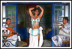 Belly Dance (jose_miguel) Tags: jose miguel españa spain espagne panasoniclumixfz50 marruecos maroc morocco marrakesh marrakech marraquech color colour couleur contraste contrast belly dance dancer danza del vientre baile bailarina danse orientale balilarina mujer woman femme rigotag