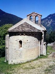 Sant Feliu de Riu – Montagut i Oix (Manel i Pilar) Tags: arquitectura edifici església romànic