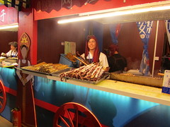 (VERUSHKA4) Tags: asia chinese food canon china xian ville city vue view street outdoor cafe may spring walk boy people travel woman tradition holiday season evening cooking cook decor russian trade trader verushka4 hccity