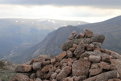 Summit of Carn a' Mhaim (steve_whitmarsh) Tags: aberdeenshire scotland scottishhighlands highlands landscape mountain hills summit rock rocks topic