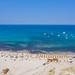 Jachten im Tyrrhenischen Meer neben Porto Giunco auf Sardinien, Italien
