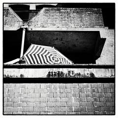 Hot summerdays in the city ...- (whootzs) Tags: bronicasqa trix320 mediumformat 6x6 blackwhite zenzanonp80mm adoxadonal1100 standdevelopment urban city hot