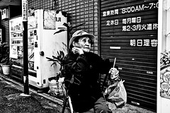 Moment of contemplation (Victor Borst) Tags: street streetphotography streetlife reallife real realpeople asian asia asians fa faces candid travel tra travelling trip traveling urban urbanroots urbanjungle povert portrait poverty poor old osaka raw shinimamiya japan japanese fuji fujifilm xpro2 expression expressions mono monotone monochrome