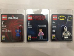 At This Year's San Diego Comic Con, LEGO Did Everything Right (fbtb) Tags: 77901sithtrooperbust 77902captainmarvelandtheasis 77903thedarkknightofgothamcity barb ps4spiderman sdcc sdccexclusives strangerthings zebrabatman