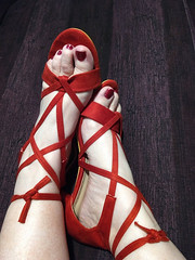 IMG_20190731_162559333~2 (eirenna_unveiled) Tags: foot feet toes legs polishedtoes polishedtoenails sandals