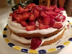 Delicious (army.arch) Tags: strawberry cake