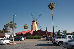 [Day 2019:212] Denny's (JingKe888) Tags: arcadia california building architecture