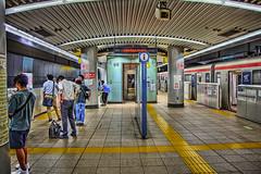 TXつくば駅で II (jun560) Tags: 東京 勝どき 勝鬨橋 築地大橋 hdr qqq