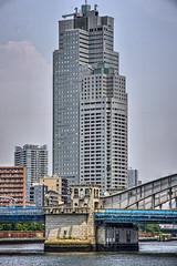 勝鬨橋越しに聖路加タワー (jun560) Tags: 東京 勝どき 勝鬨橋 築地大橋 hdr