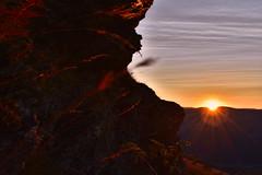 Golden rocks (diegocarreraperez) Tags: sun sunset sol atardecer cielo sky orange naranja luz light rock roca mountain montaña sierra cabrera león castillayleón wild nature naturaleza salvaje