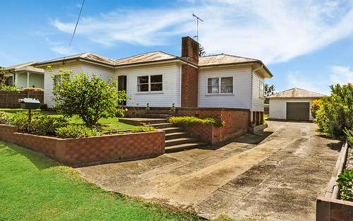 15 Bunberra Street, Bomaderry NSW 2541