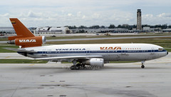YV-135C (Ken Meegan) Tags: yv135c mcdonnelldouglasdc1030 46971 viasa miami 11101983 mcdonnelldouglasdc10 dc1030 dc10