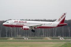 D-ABDJ (PlanePixNase) Tags: hannover aircraft airport planespotting haj eddv langenhagen airberlin airbus 320 a320