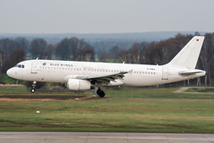 D-ANNA (PlanePixNase) Tags: hannover aircraft airport planespotting haj eddv langenhagen bluewings airbus 320 a320