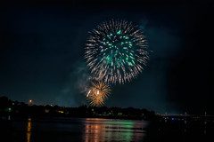 Firework on  4th of July (Matthias Harbers) Tags: kennewick washington usa columbia river sunset evening bridge boat light orange photoshop dxo topazlabs studio2 sky clouds night firework 4thofjuly canon g3