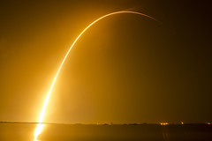 STP-2 SpaceX Falcon Heavy Launch and Landing (Matt Champlin) Tags: spacex rocket launch space nighttime night longexposure falconheavy nasa nasasocial amazing landing florida summer travel life nature outdoors tech technology canon 2019