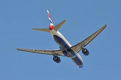 Missed approach: BA0104 DXB-LHR (A380spotter) Tags: missedapproach goaround climb belly gearinmotion gim retraction boeing 777 200er graes internationalconsolidatedairlinesgroupsa iag britishairways baw ba ba0104 dxblhr runway09l 09l london heathrow egll lhr