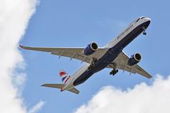 BA9110 LHR-LHR: CAA proving flight. (A380spotter) Tags: approach landing arrival finals outermarker fourmilesout 4miles belly airbus a350 a350xwb™ xtrawidebody extra 1000 gxwba internationalconsolidatedairlinesgroupsa iag britishairways baw ba ba9110 lhrlhr caaprovingflight civilaviationauthority runway27l 27l london heathrow egll lhr