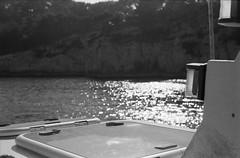 Image 9 (Astroyan16) Tags: cassis calanques méditerranée mer noir et blanc nb bw black white analog argentique film