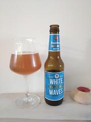 White Wawes / Wheat Ale / Oranjeboom