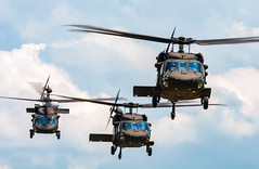 Flight of 3 (Victor Dvorak) Tags: usarmy blackhawk uh60 sikorsky helicopter military aviation aircraft cincinnatimunicipallunkenairport lunkenairport cincinnati ohio kluk formation nikon d300s 200500mmf56e aviationphotography planespotting