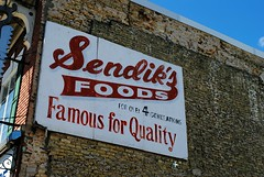 Sendik's Foods, Milwaukee (Cragin Spring) Tags: wisconsin wi midwest unitedstates usa unitedstatesofamerica sign grocery grocerystore sendiks sendiksfoods milwaukee milwaukeewi milwaukeewisconsin urban city