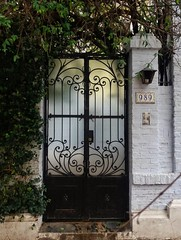 Caballito, Buenos Aires. (Ramona Anitsuga) Tags: blackdoor puerta door caballito argentina streetphotography buenosaires architecture arquitectura beautiful