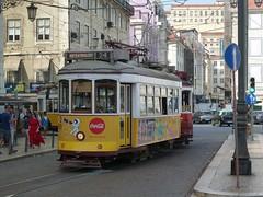 Carris 563 (Elad283) Tags: lisboa lisbon portugal carris elétricosdelisboa tram tram28 lisbontram 563 remodelado yellow