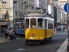 Carris 549 (Elad283) Tags: lisboa lisbon portugal carris elétricosdelisboa tram tram28 lisbontram 549 remodelado yellow