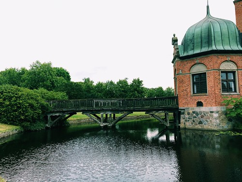 Vallø Castle Small Bridge