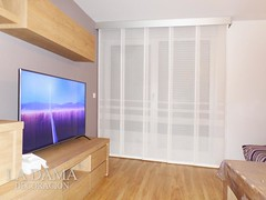 "PANEL JAPONES BLANCO CON GALERIA PLATEADA • <a style=""font-size:0.8em;"" href=""http://www.flickr.com/photos/67662386@N08/48437949086/"" target=""_blank"">View on Flickr</a>"