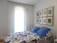 "CORTINA FRUNCIDA CLASICA CON CAMA AZUL • <a style=""font-size:0.8em;"" href=""http://www.flickr.com/photos/67662386@N08/48438311717/"" target=""_blank"">View on Flickr</a>"