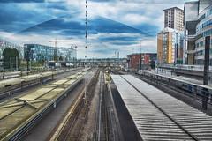 Gare Lille (Chocolatine photos) Tags: gare lille extérieur photo photographesamateursdumonde pdc makemesmile lumière bleu ciel nikon flickr