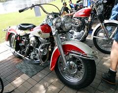 Duo-Glide -- Riding Into History -- May, 2019 (Zoom Lens) Tags: duoglide harleydavidson bike motorcycle ridingintohistory 2019 vintage bikeshow worldgolfhalloffame staugustinefl