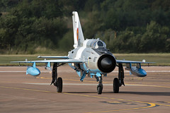 Romanian Air Force Mikoyan-Gurevich MIG-21MF Lancer C 6807 (Jon Hylands) Tags: romanian air force mikoyangurevich mig21 mf lancer c 6807 royalinternationalairtattoo fairford aviation aerospace aircraft airshow military riat jet canon 70d photography
