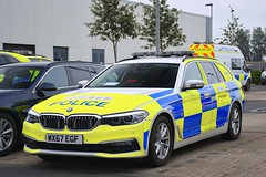 WX67 EGF (S11 AUN) Tags: avon somerset police bmw 530d 5series xdrive estate touring anpr traffic car rpu roads policing unit 999 emergency vehicle triforce wx67egf