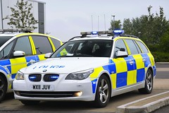 WX11 JUV (S11 AUN) Tags: avon somerset police bmw 530d 5series estate touring anpr traffic car rpu roads policing unit 999 emergency vehicle triforce wx11juv