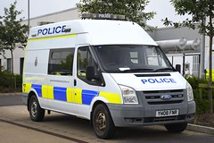 YH08 FNR (S11 AUN) Tags: avon somerset police ford transit incident support welfare anpr traffic car rpu roads policing unit 999 emergency vehicle triforce wx67ege