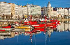 Dársena da Mariña, A Coruña (Miguelanxo57) Tags: dársena barcos edificios galerías turismo acoruña galicia