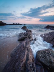 Sharrow Flow (Timothy Gilbert) Tags: wideangle sunset lumix laowacompactdreamer75mmf20 boulders rocks freathy sharrowpoint beach m43 microfourthirds panasonic microfournerds cornwall coast gx8 whitsandbay clouds