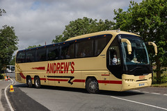 Andrews, Tideswell (DE) - OU14 SRZ (peco59) Tags: photo coach photos coaches psv pcv neoplan tourliner andrewscoaches auwerter n2216 andrewstideswell n22163shdl hamiltonsofuxbridge hamiltonscoaches bennettuxbridge ou14srz