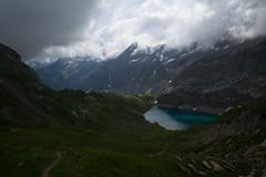 Iffigsee ahead! (Toni_V) Tags: m2401214 rangefinder messsucher leicam leica mp typ240 28mm elmaritm12828asph hiking wanderung iffigsee berneroberland berneseoberland landscape bergsee mountainlake switzerland schweiz suisse svizzera svizra lenk alps alpen ©toniv 2019 190713