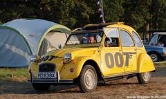 Citroën 2CV '007' 1981 (Wouter Bregman) Tags: pcd838x citroën 2cv 007 1981 citroën2cv 2pk eend geit deuche deudeuche 2cv6 yellow jaune foryoureyesonly jamesbond célébrationcentenairedecitroën célébration centenaire 2019 lafertévidame 28 eureetloire eure et loire france frankrijk vintage old classic french car auto automobile voiture ancienne française vehicle outdoor