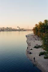 Київ (trom.pom) Tags: 35mm київ ukraine kyiv dnipro river sunset goldenhour filmphotography analogue canonae1program kodak