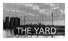 The Yard (Jean-Louis DUMAS) Tags: voyage trip travel bw chicago black reflection tower reflecting blackwhite noir tour noiretblanc nb blanc reflets sky cloud cloudy ciel nuage
