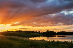 Sunset in Eastern Ontario (Daniel Cadieux) Tags: sunset evening landscape clouds ottawa summer lake ontario
